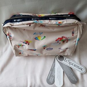 LESPORTSAC Essential XL Cosmetic bag